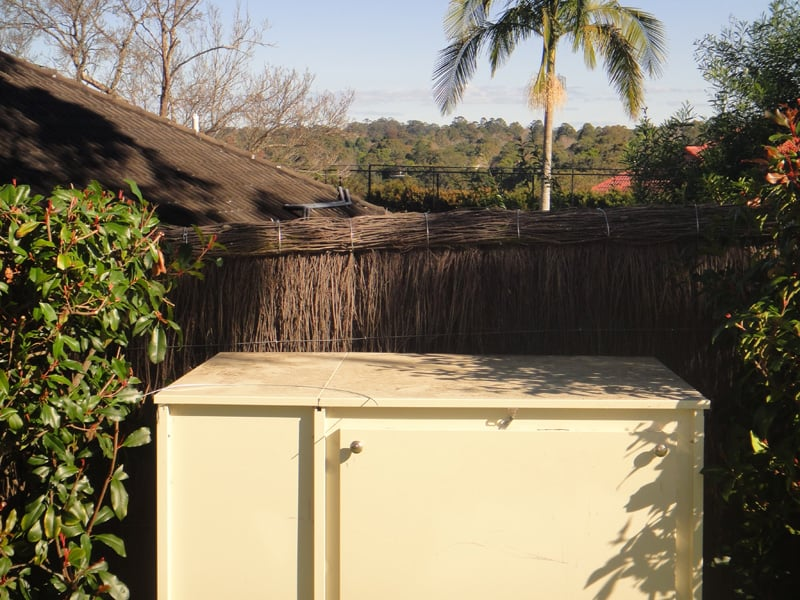 pool-compliant-brush-fencing