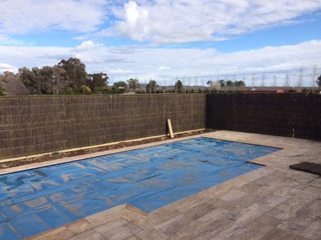 brush-wood-panel-fence-pool-mudgee