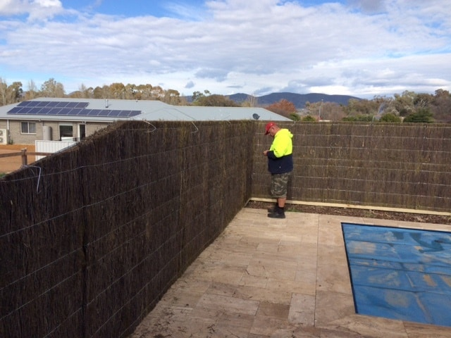 new-brush-wood-panel-fence-mudgee